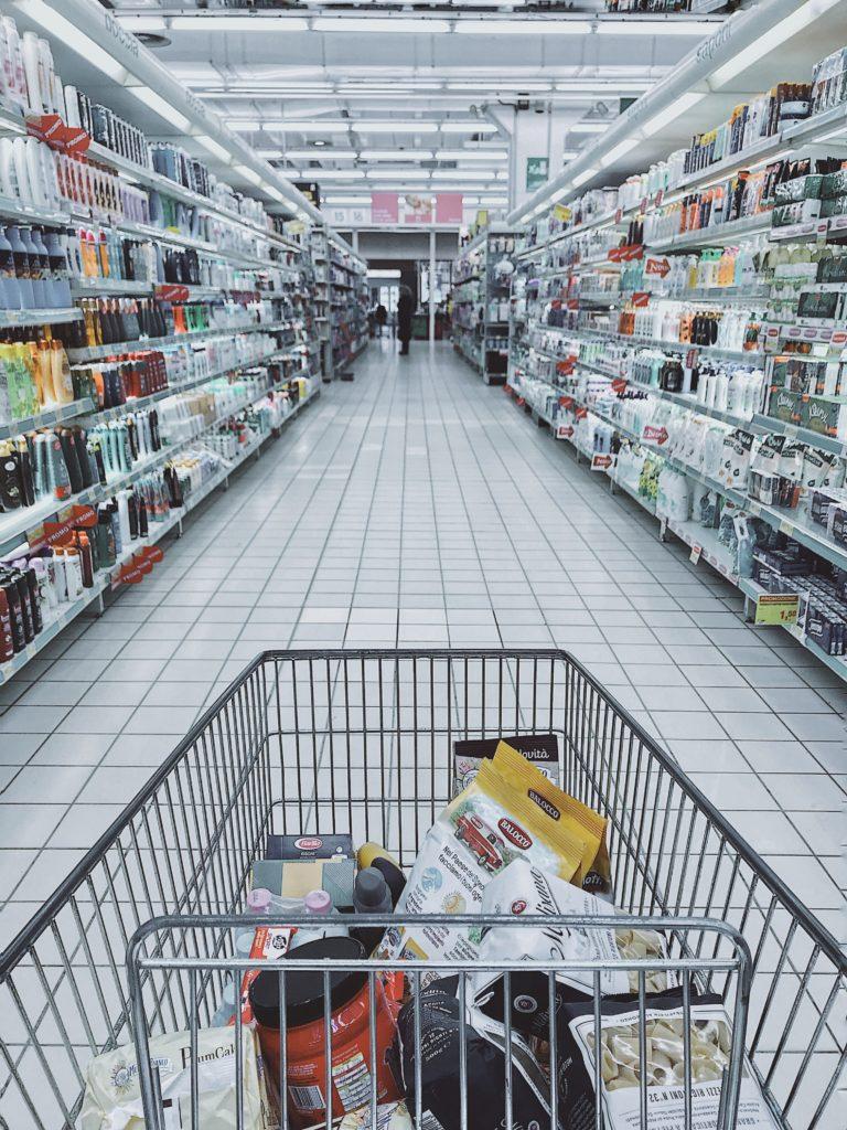 il est difficile de faire ses courses lors de dépendances